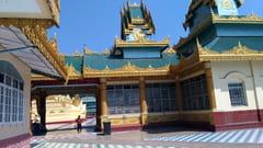 タトンのShwe Sar Yan Pagodaの写真