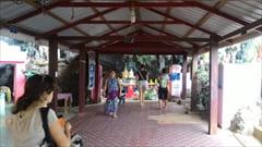 パ・アンのサダン洞窟の入口付近。