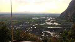 モーラミャイン・パアン・旅行観光情報、ヤッテッピャン洞窟、hpa an yathae pyan cave。展望台からの写真。ここからの眺めは最高です。