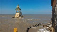 ミャンマー、Kyaikkhami yae le pagoda photo、モーラミャイン、キャイッカミ、写真