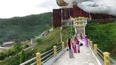 モーラミャイン 寝大仏 入口の写真 mawlamyine Buddha reclinado en construccion sleeping big buddha