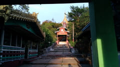 Shwe Nat Taung Pagoda 階段