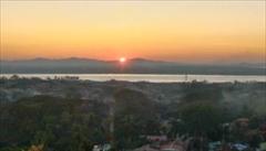 mawlamyine kyeik than lan pagoda、モーラミャイン旅行観光情報、写真、夕日、サンセット、ミャンマー