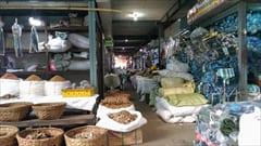 モーラミャイン、一番大きなマーケット、スパイス、加工食品、お土産、mawlamyine zeigyi central market photo